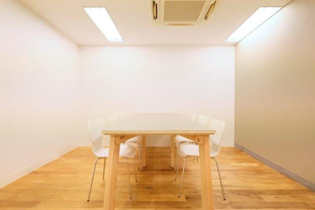 5名ほどの小規模オフィスから、40名規模までの大きめオフィスもあります。