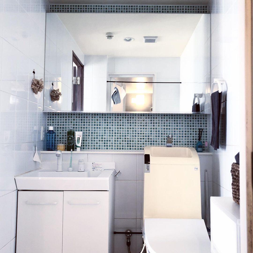意識されているのは、「自分にとって面倒くさくなく、楽に暮らせるお部屋」。掃除がしやすい部屋になるように考え、キッチンや洗面台周りなどには余計なものが少なく、すっきりと暮らしていらっしゃいます。