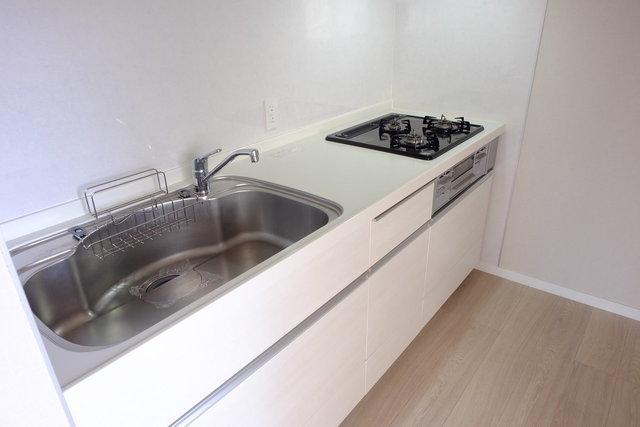 キッチン・独立洗面台・お風呂・トイレなどの水回りはすべて設備が新しいものになっています。