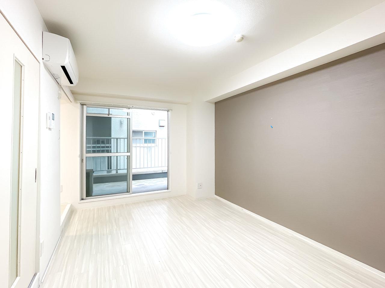 久屋大通駅から徒歩4分。立地が良いのにこのお家賃!新築ならもっと相場が高くなりますが、リノベーションだからこその価格で借りることができますよ。