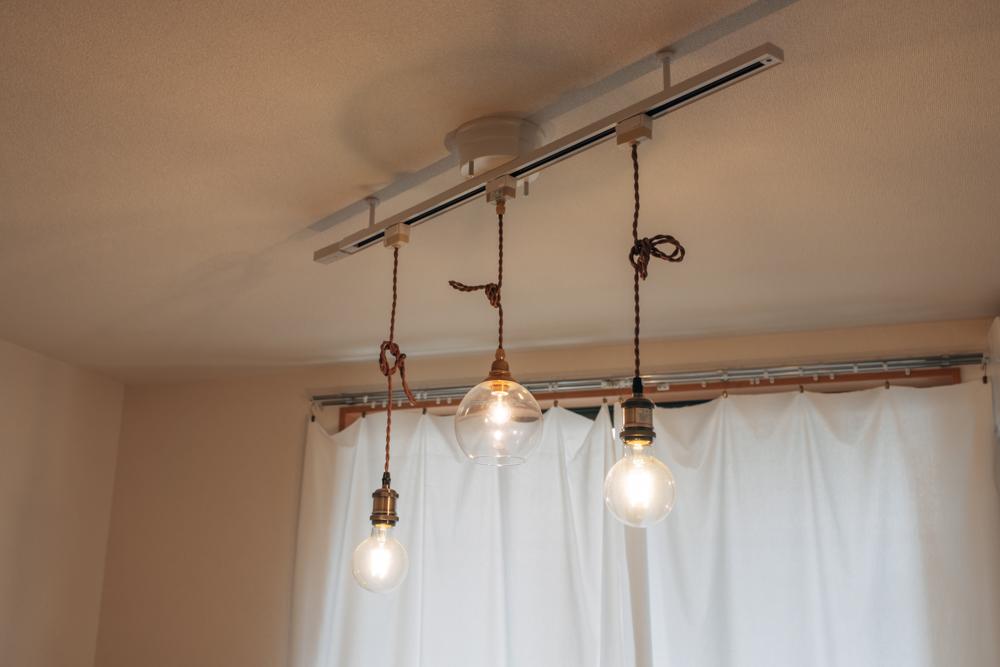 「簡易式ダクトレール」を設置したお部屋の例