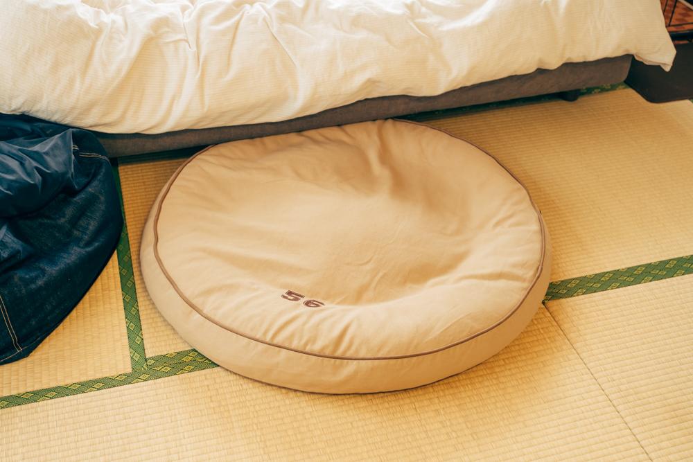 「ホームセンターで購入したドッグベッドが尽く噛みちぎられていた中で、このベッドは素材もしっかりしていたのが良かったです。」