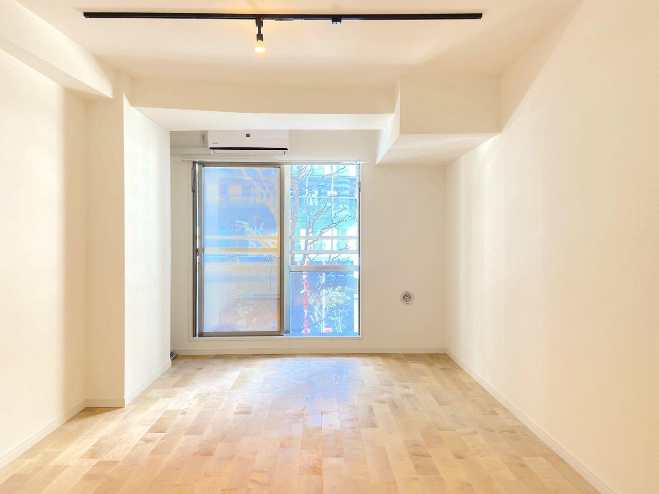 新宿御苑から徒歩1分のマンションをリノベーション!学生限定というのが羨ましくなるくらい、設備も内装も整いました