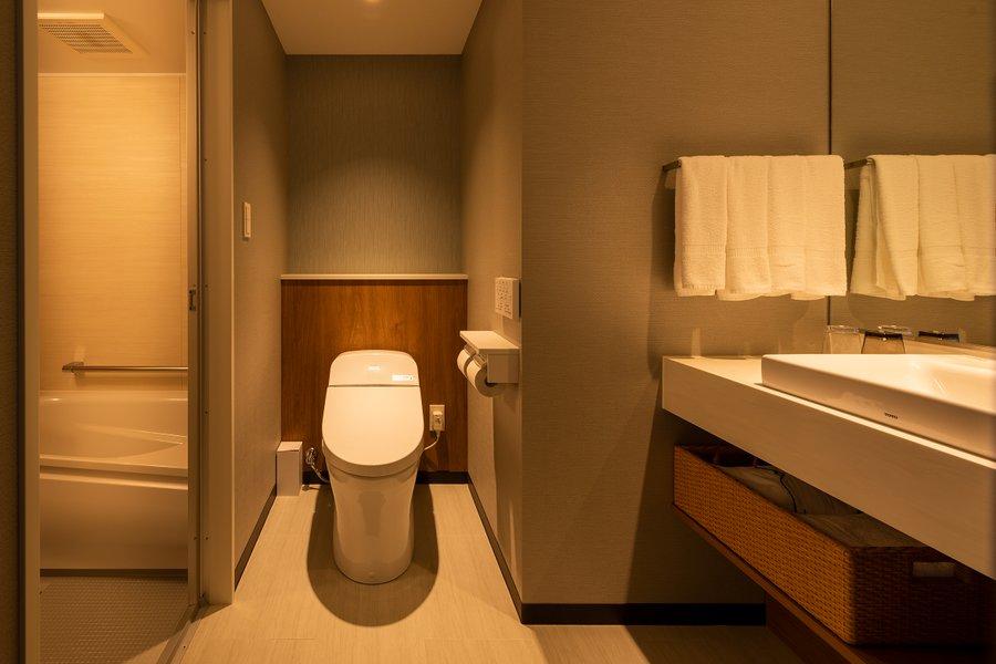 またおすすめしたいのが、全室洗い場付きのバスルーム付きだということ。一人暮らしの賃貸住宅と同じように使いやすい、リラックスできるスペースです。