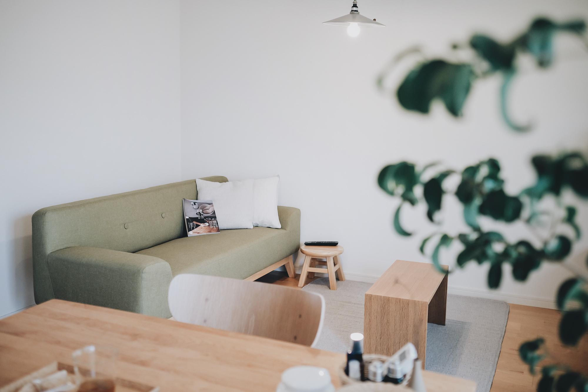ソファからだけ観られる位置にテレビを配置することで、食事をする時間とリラックスする時間をしっかり分けて過ごすことができます。