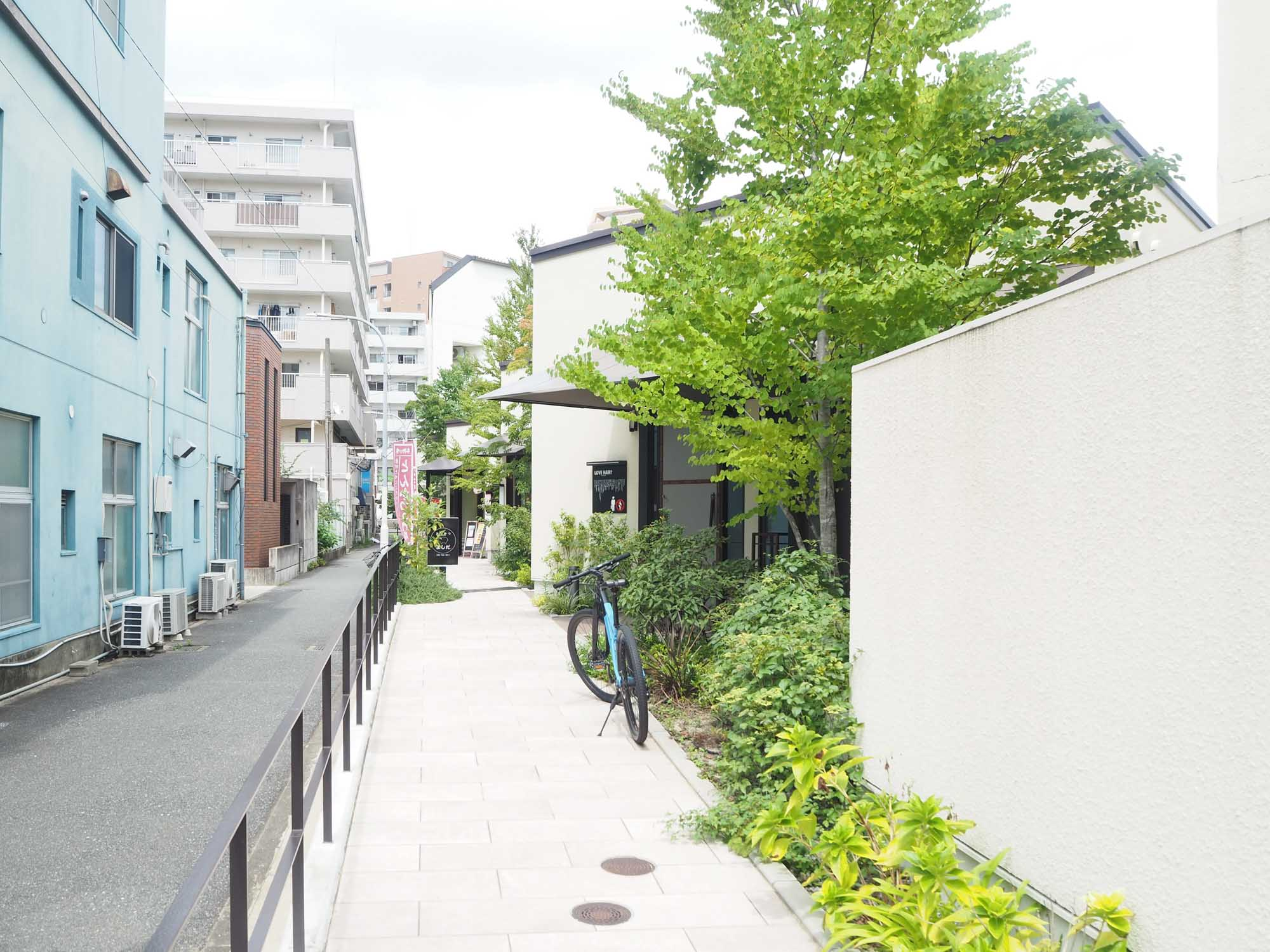 コーヒーとパン、本を求めて六本松へ。 自転車で散歩すると楽しい路地裏のおしゃれスポットをまとめました