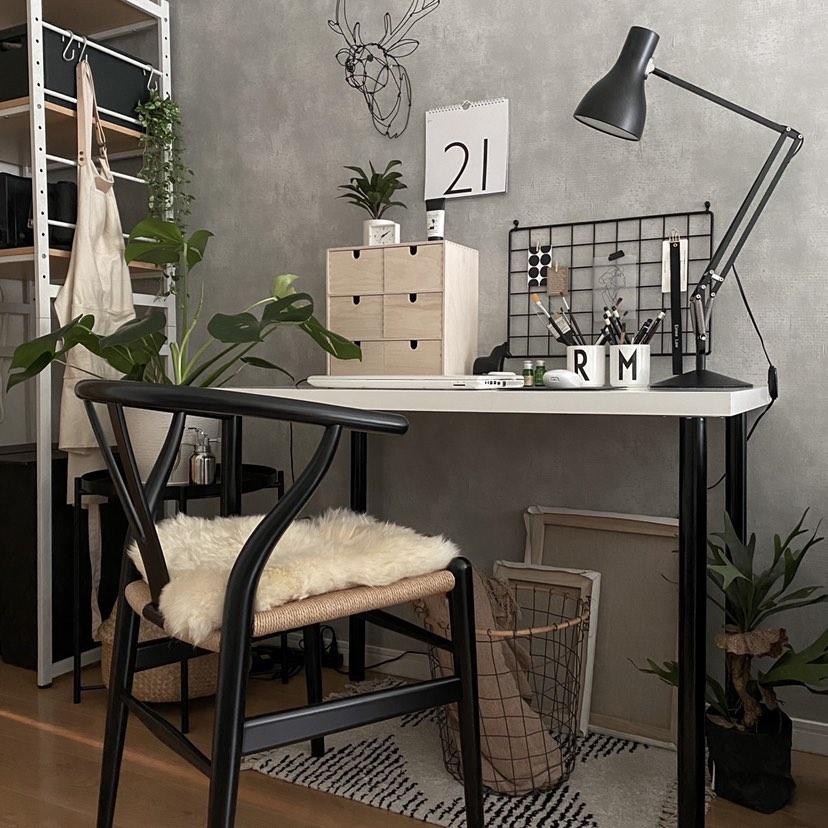 IKEA、無印良品のデスク、みんなが使っているおすすめ8選