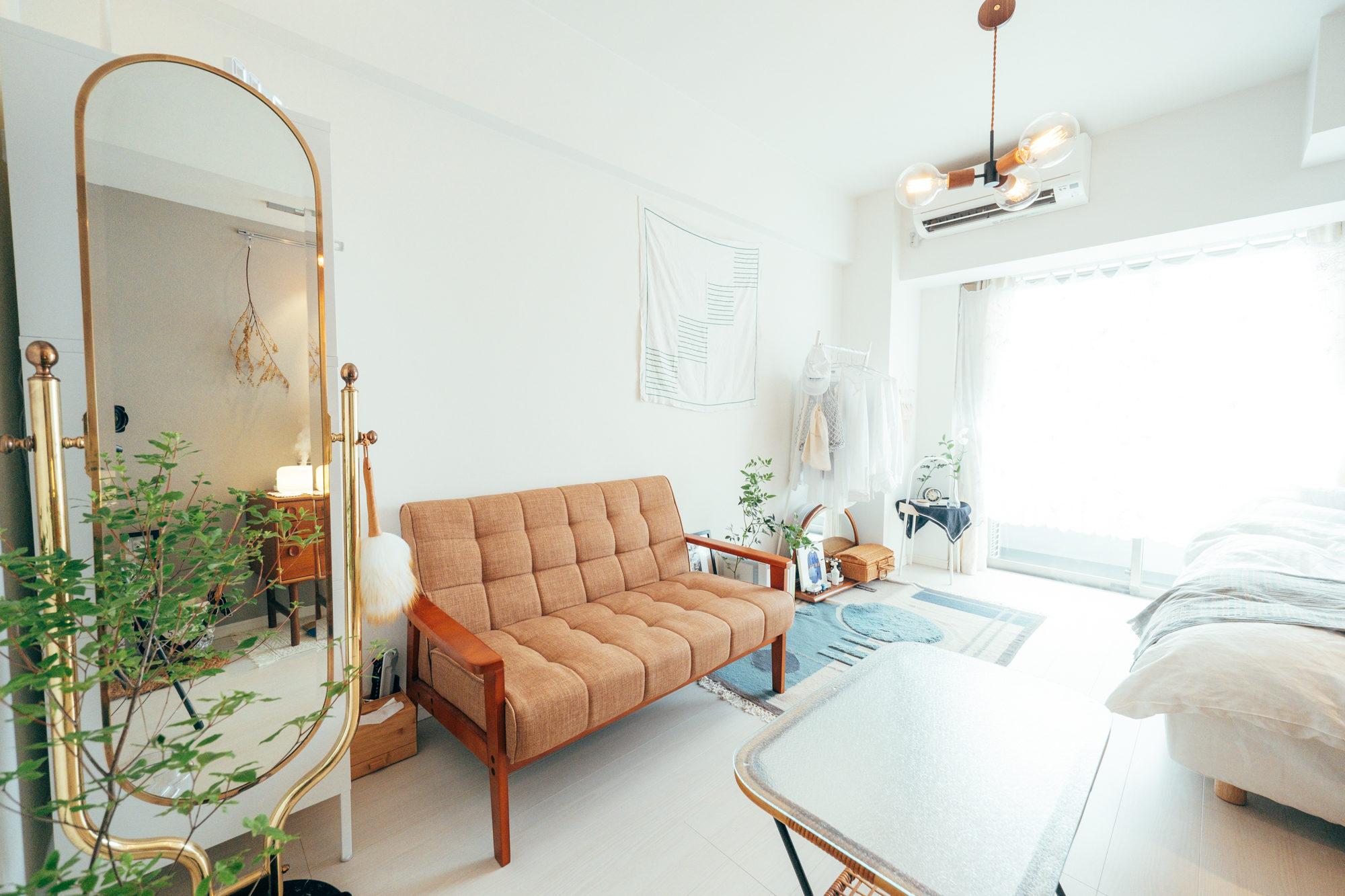 ファブリックタイプなら、布地のカラーも豊富なので、お部屋の雰囲気に合わせて選べることもポイントです。(このお部屋はこちら)